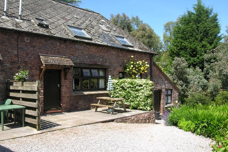 Bossington Cottage a british holiday cottage for 4 in ,