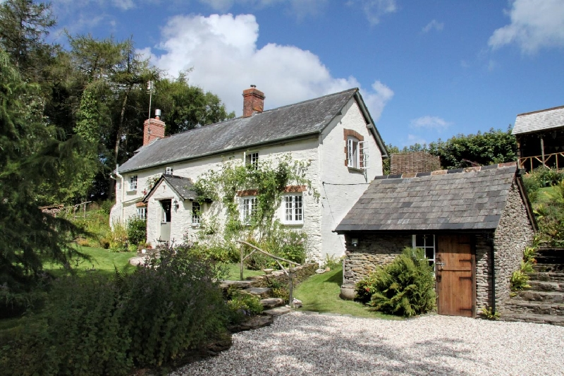 Lower Goosemoor Cottage a british holiday cottage for 4 in ,
