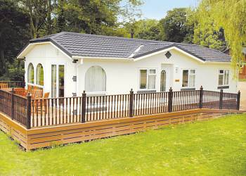 Waveney River Centre Holiday Lodges in Suffolk