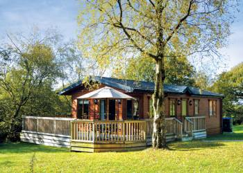 Charlesworth Lodges