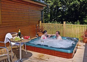 Upton Lakes Lodges Holiday Lodges in Devon