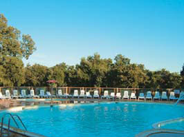 Domaine de Massereau Holiday Lodges in Languedoc Roussillon