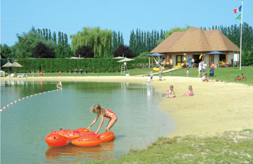 Camping la Croix du Vieux Pont Holiday Lodges in Centre
