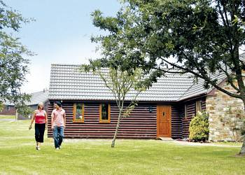 Lakeview Country Club Holiday Lodges in Cornwall