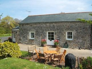 Dolphin Cottage a british holiday cottage for 6 in ,
