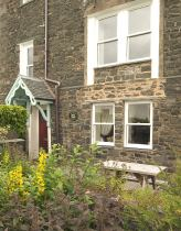 Click here for more about Bunbury Cottage