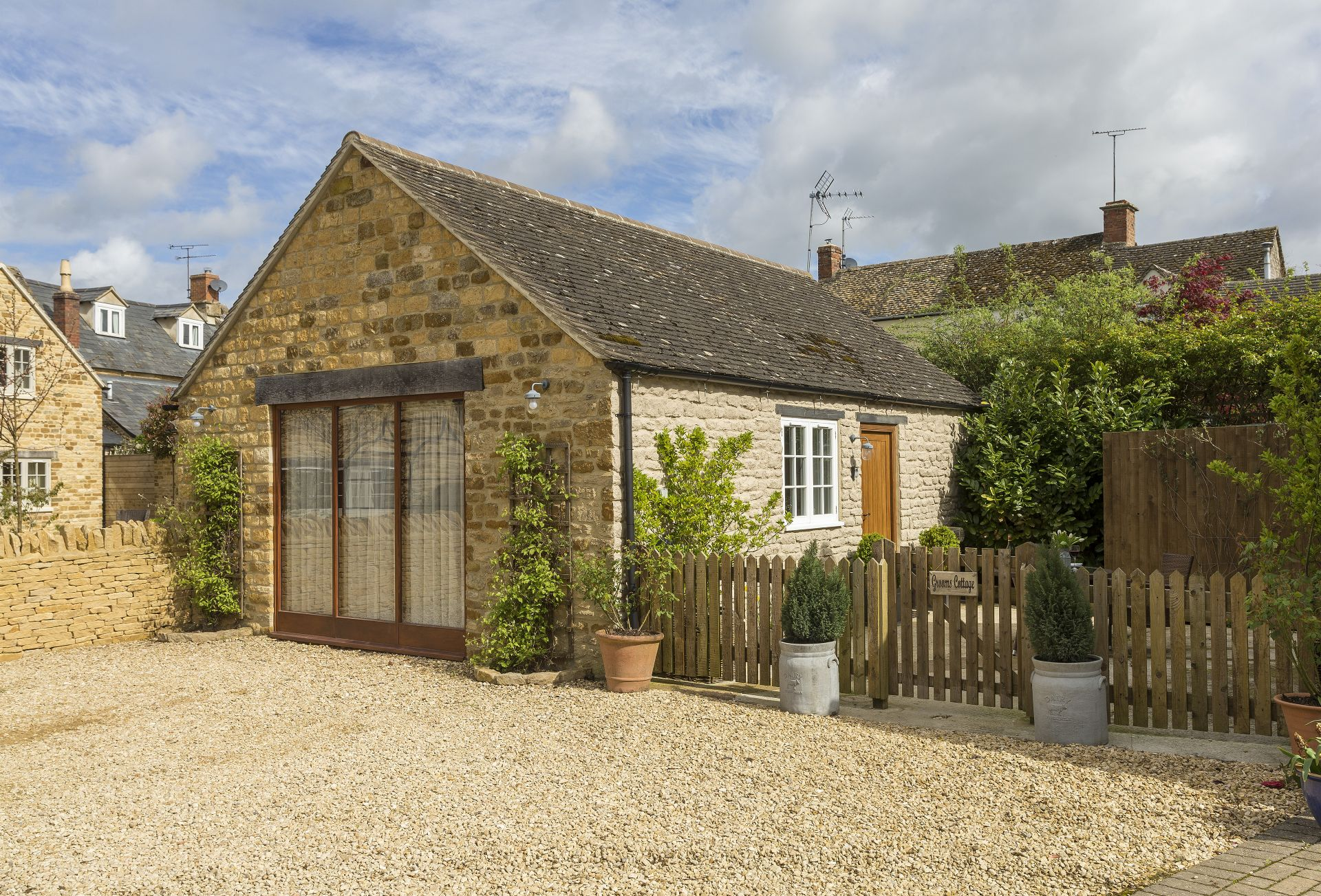 Grooms Cottage a british holiday cottage for 2 in ,