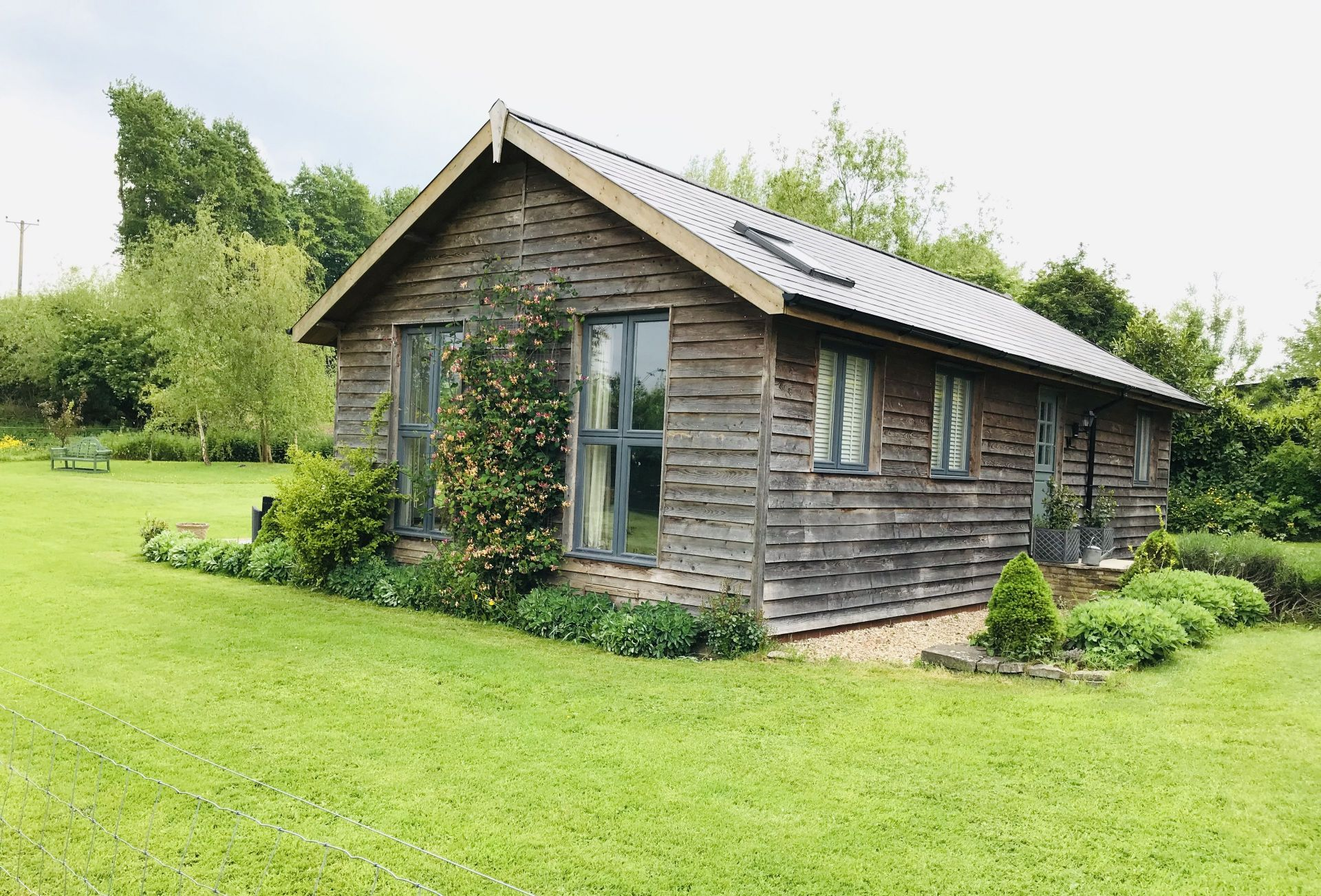 Larch Barn a british holiday cottage for 4 in ,
