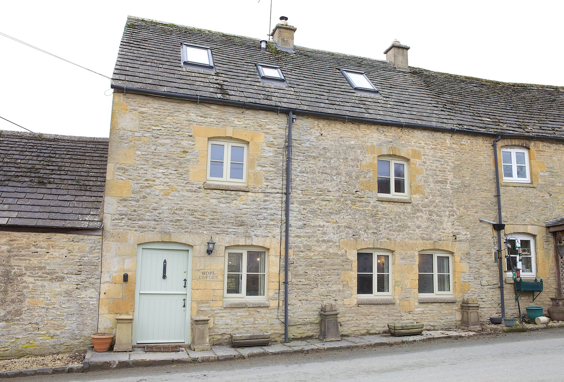 Hope Cottage (Naunton) a british holiday cottage for 2 in ,