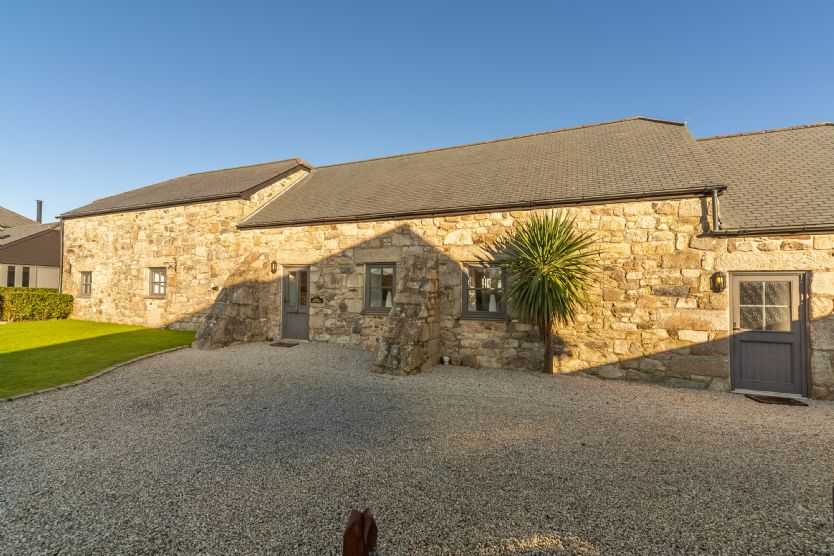 Poppy Cottage - Gonwin Manor a british holiday cottage for 4 in ,