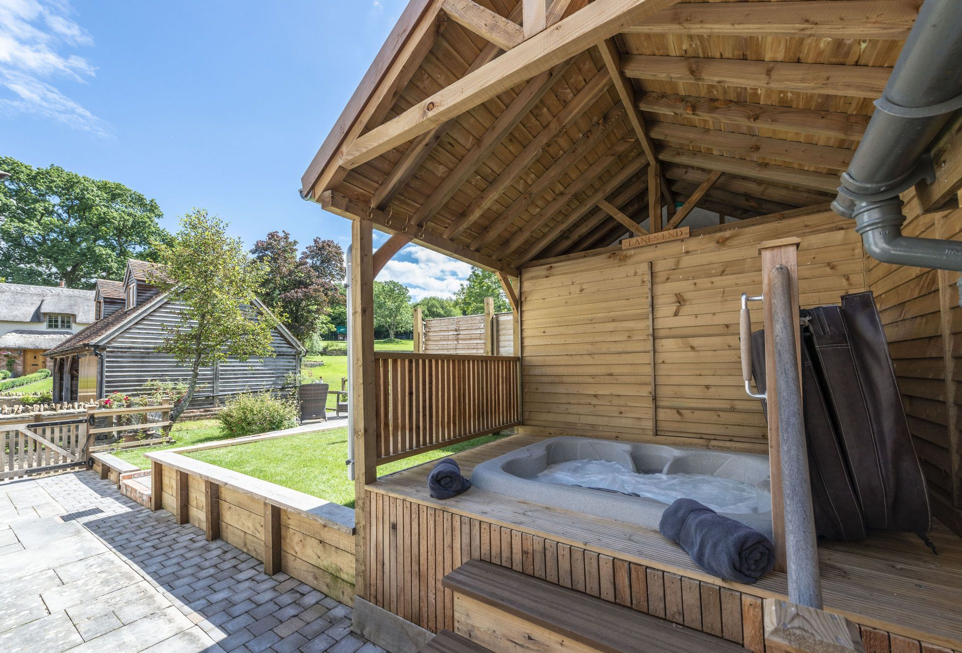 Lanes End Cottage a british holiday cottage for 4 in ,