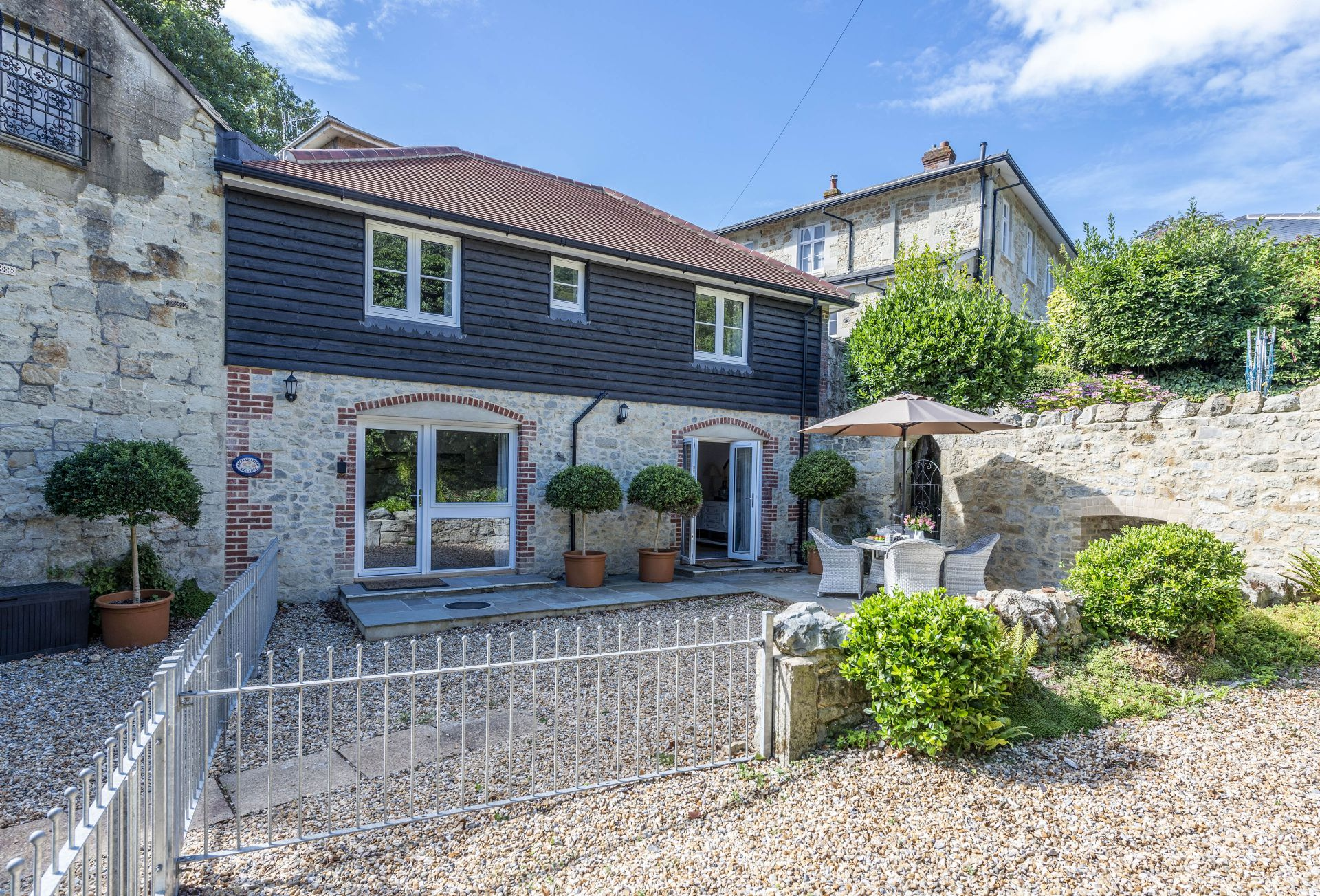 Orchard Leigh Cottage a british holiday cottage for 4 in ,