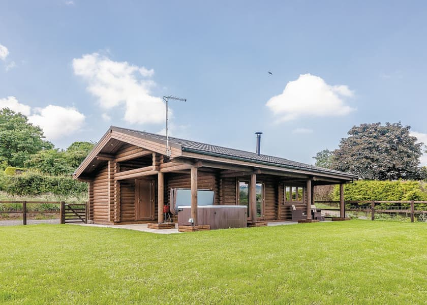 Kittys View Country Lodges, Broxton,Cheshire,England