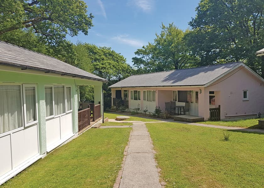 Valley Grove Bungalows Holiday Lodges in Pembrokeshire