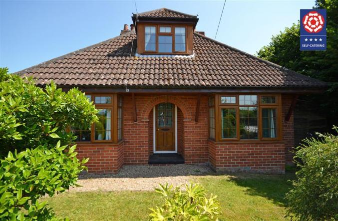 Kelmscott a british holiday cottage for 7 in ,