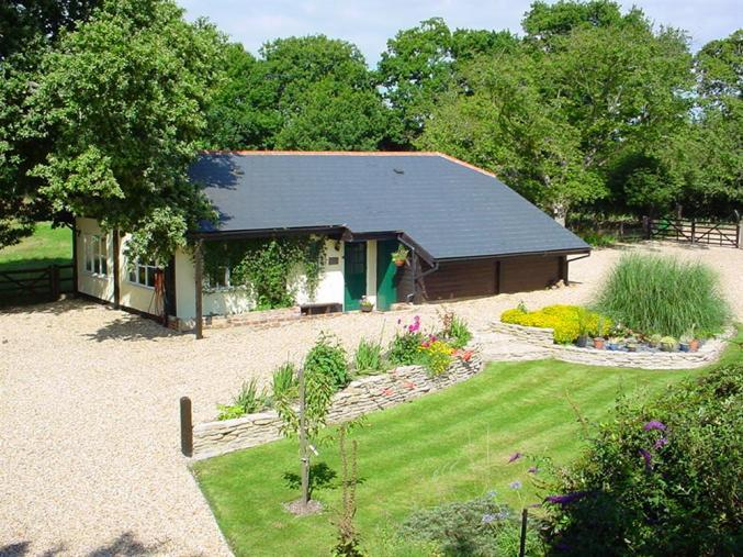 The Old Granary at Kinkell Cottage a british holiday cottage for 2 in ,