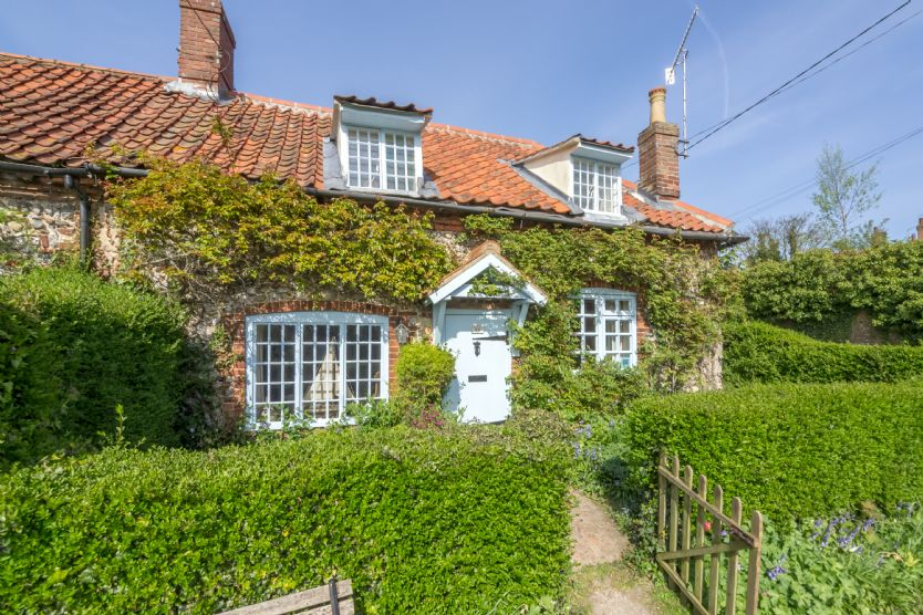 Brooke Cottage a british holiday cottage for 4 in ,