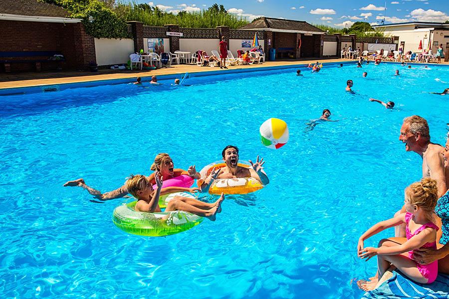 Broadland Sands Holiday Park