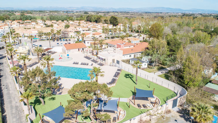 Camping de la Plage Holiday Lodges in Languedoc Roussillon