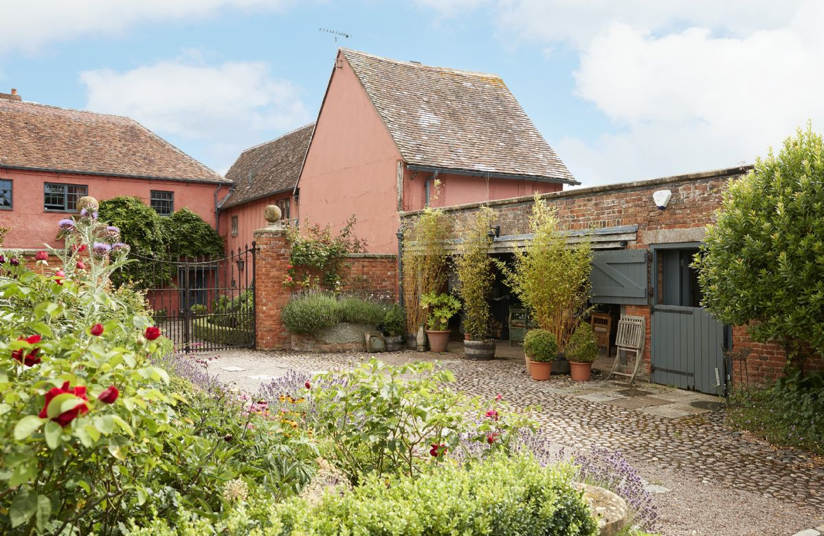 Elinor Fettiplace a british holiday cottage for 2 in ,
