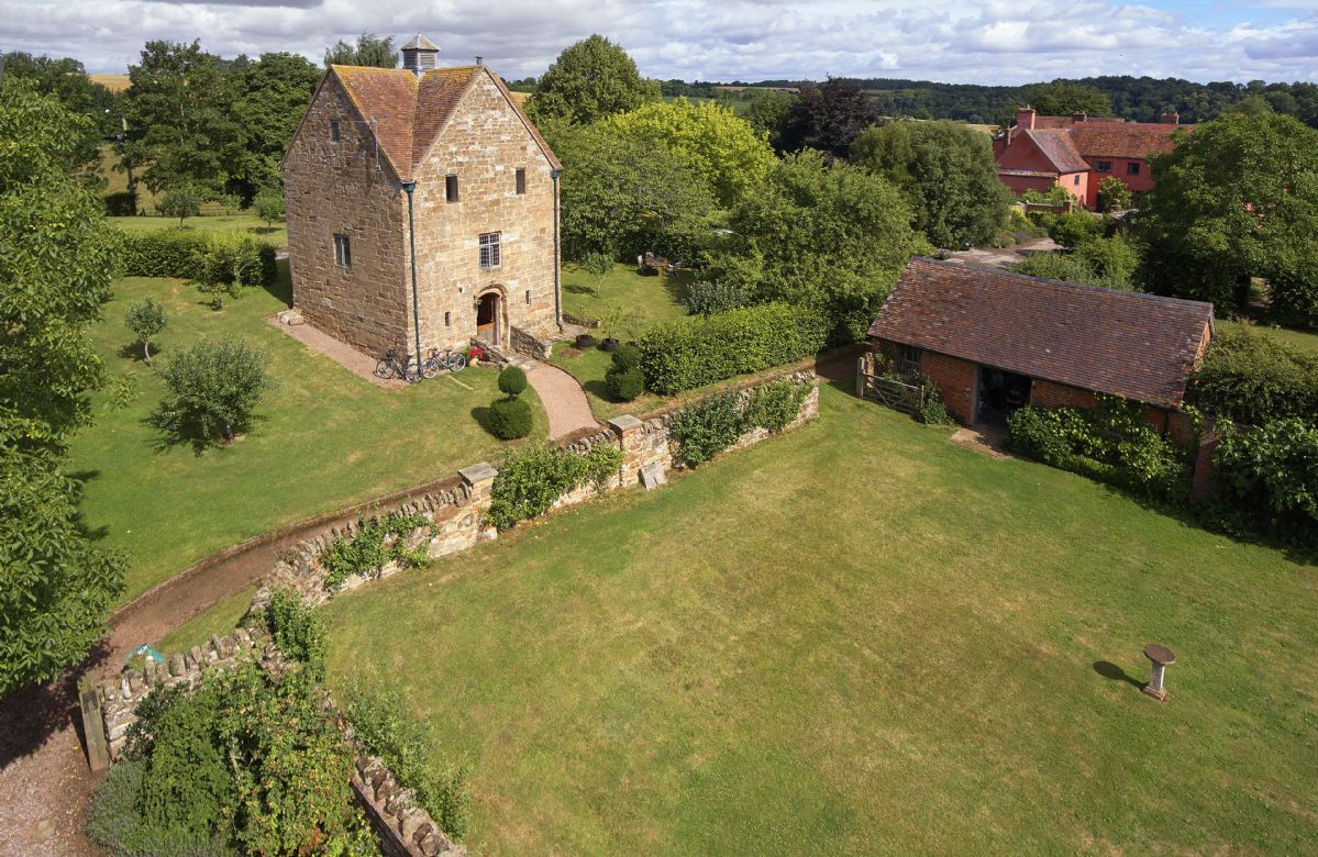 The Dovecote a british holiday cottage for 4 in ,