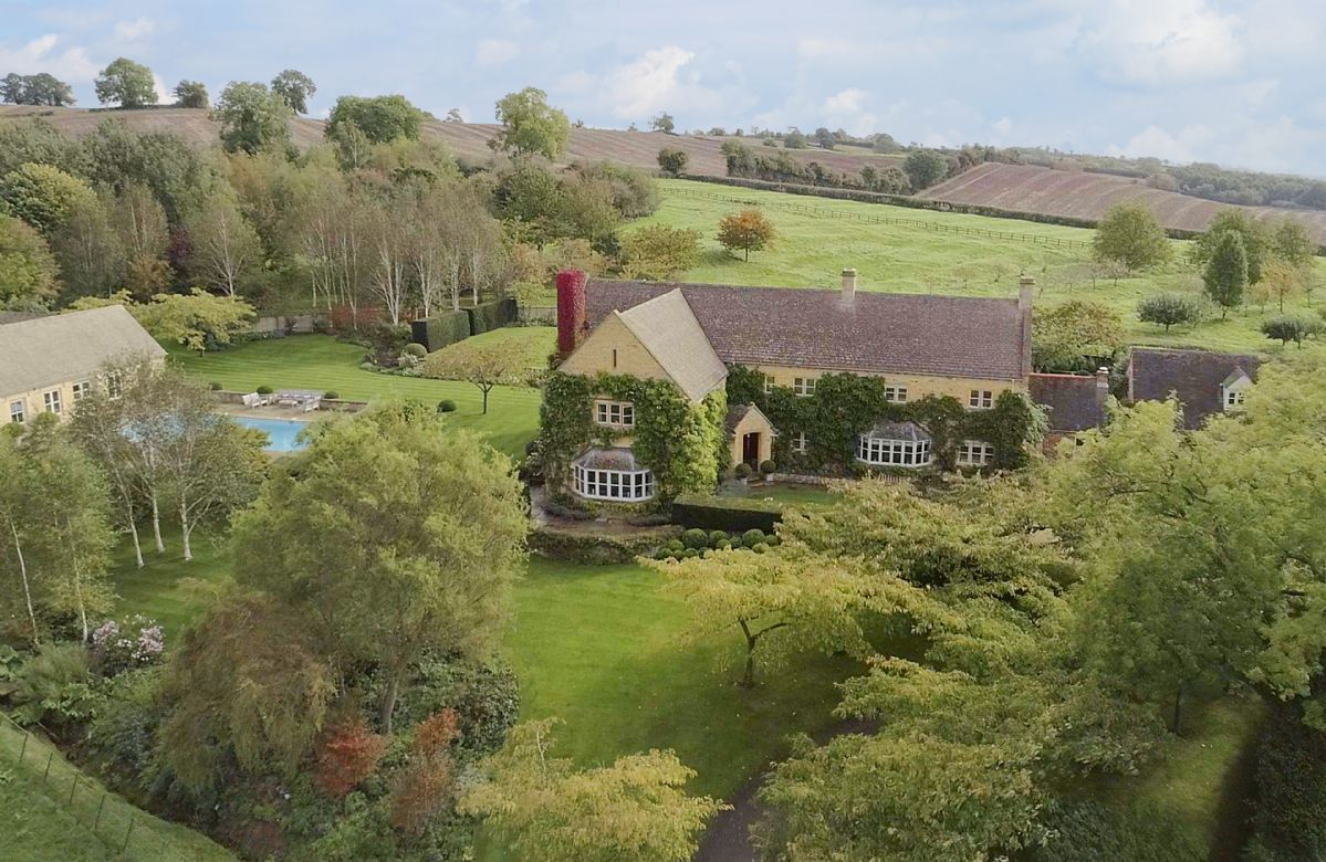 Aston Hill House a british holiday cottage for 16 in ,