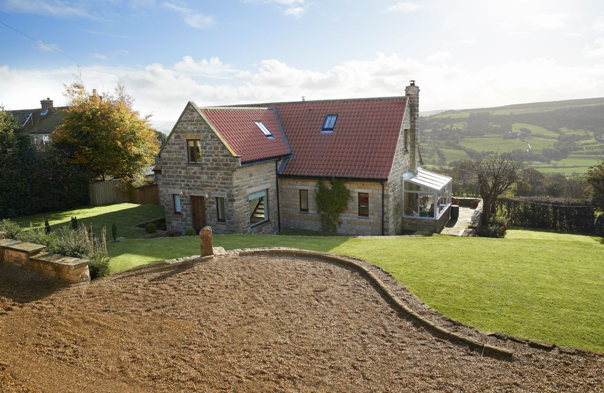 RedRoofs a british holiday cottage for 8 in ,