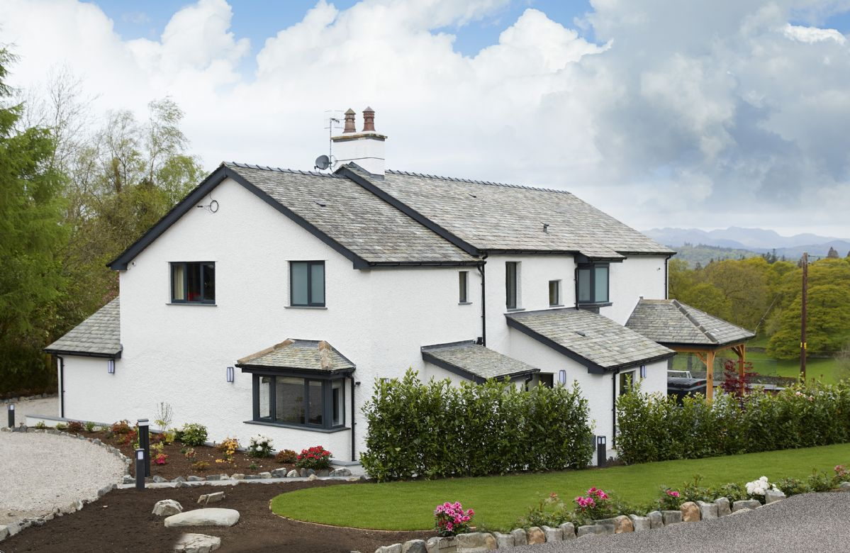 Click here for more about Cleabarrow Cottage