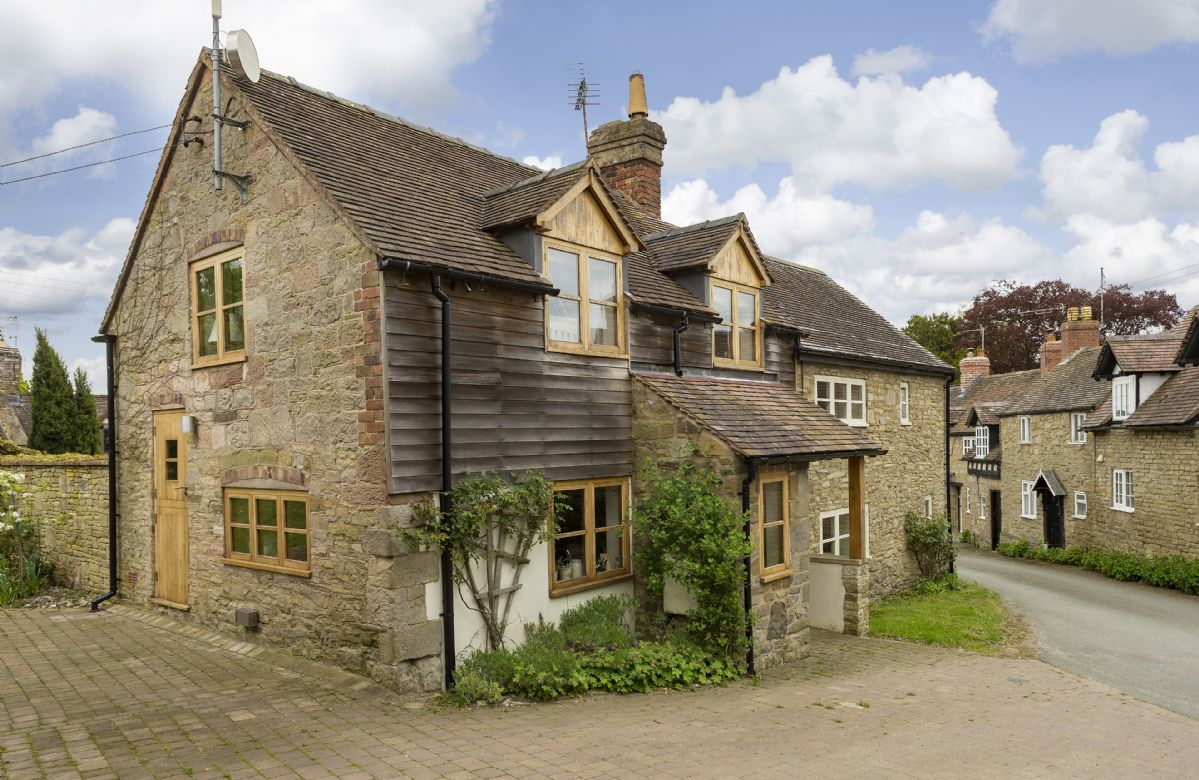 New Inn Cottage a british holiday cottage for 2 in ,