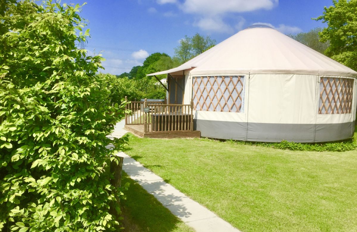 Oak Yurt a british holiday cottage for 5 in ,