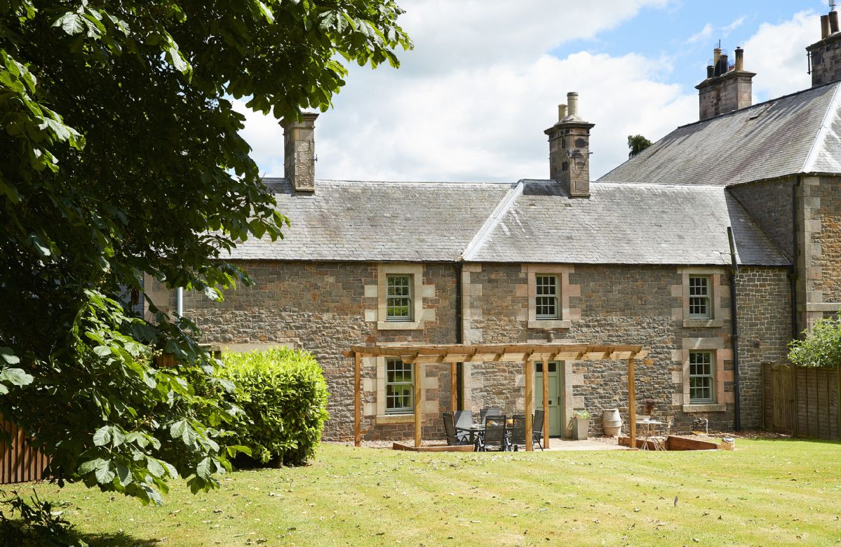 Courtyard House a british holiday cottage for 6 in ,