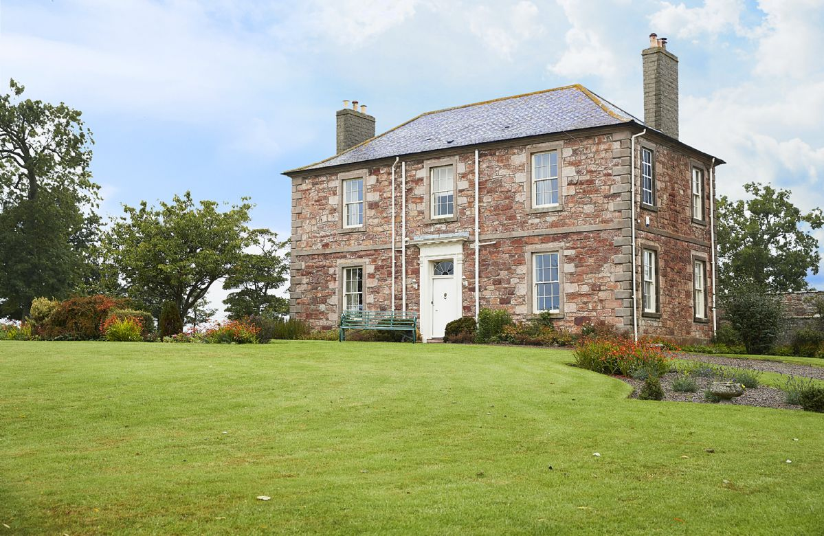 East House a british holiday cottage for 10 in ,