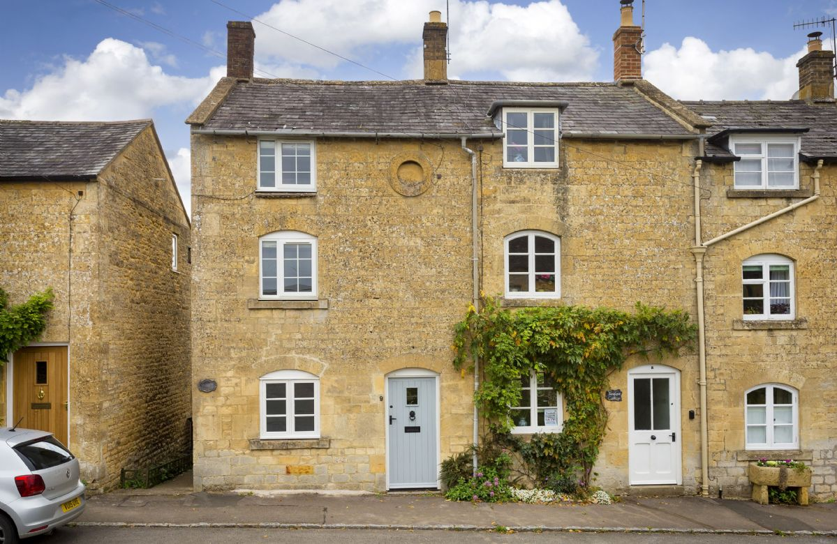 Clematis Cottage a british holiday cottage for 3 in ,