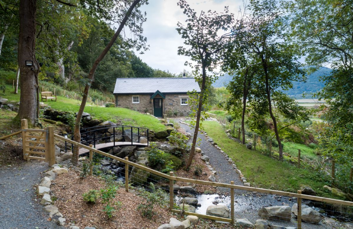 Minafon a british holiday cottage for 2 in ,