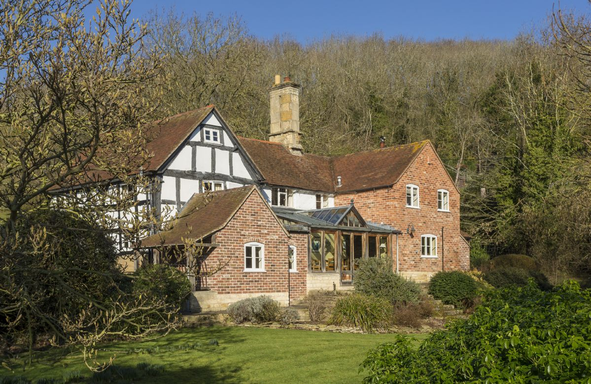 The Coppice a british holiday cottage for 10 in ,