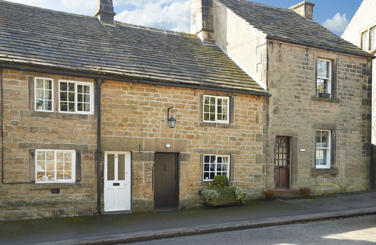 Memorial Cottage a british holiday cottage for 3 in ,