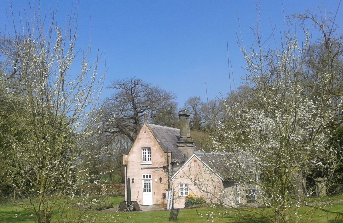 Stone Lodge a british holiday cottage for 4 in ,