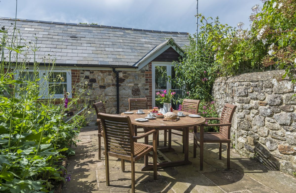 Bay Cottage a british holiday cottage for 6 in ,