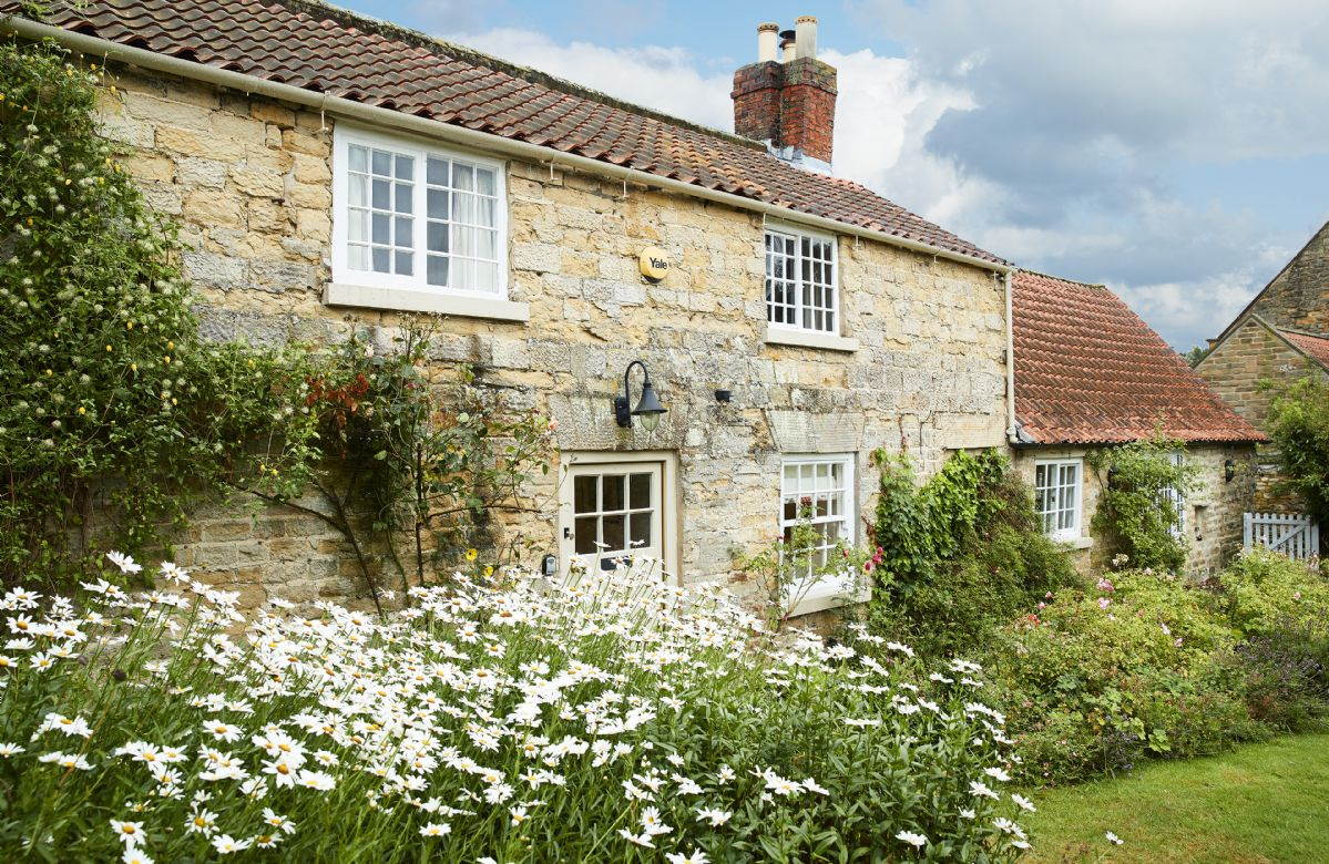 Coral Cottage a british holiday cottage for 6 in ,