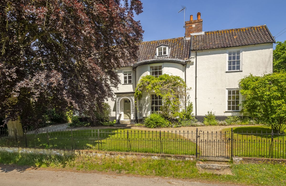 The Old Rectory a british holiday cottage for 8 in ,
