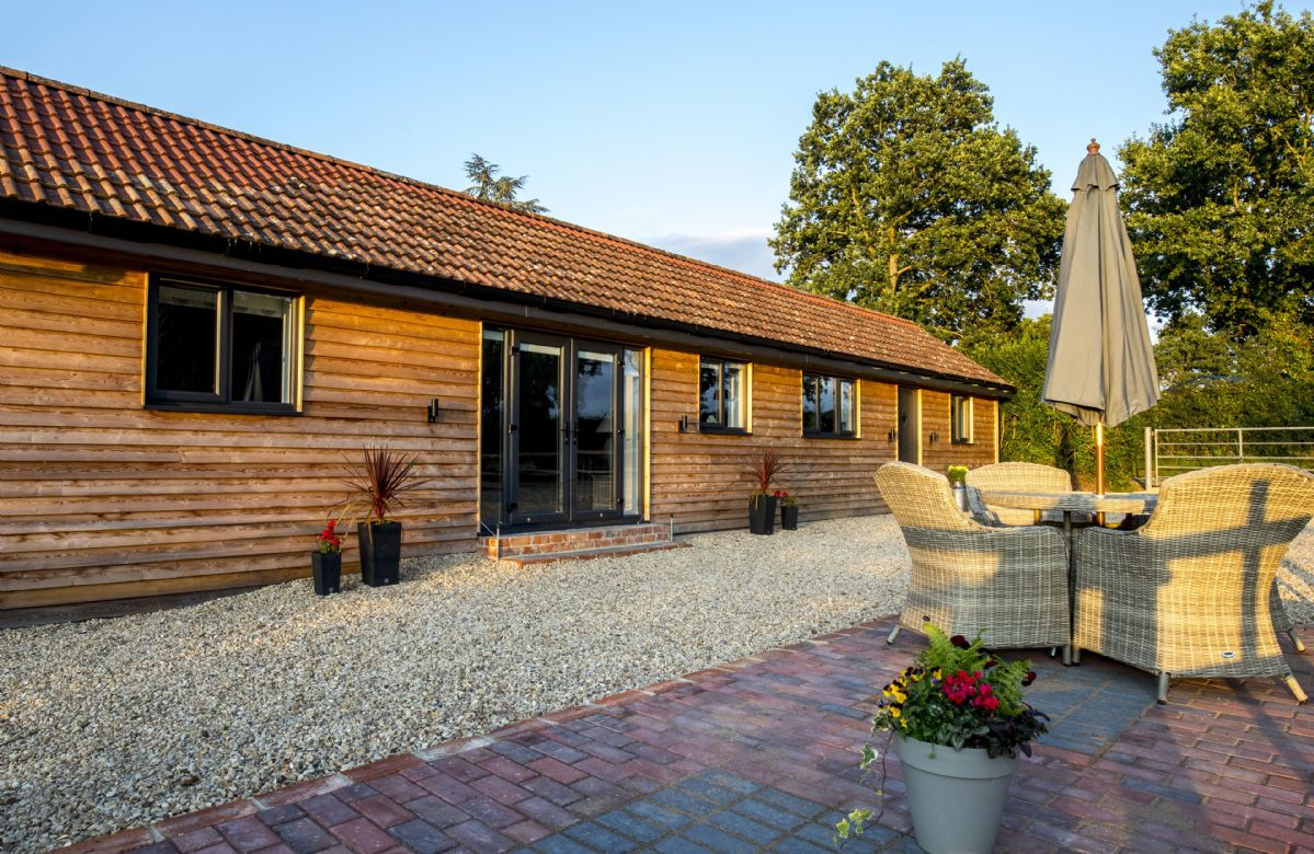 Oak Tree Barn a british holiday cottage for 4 in ,