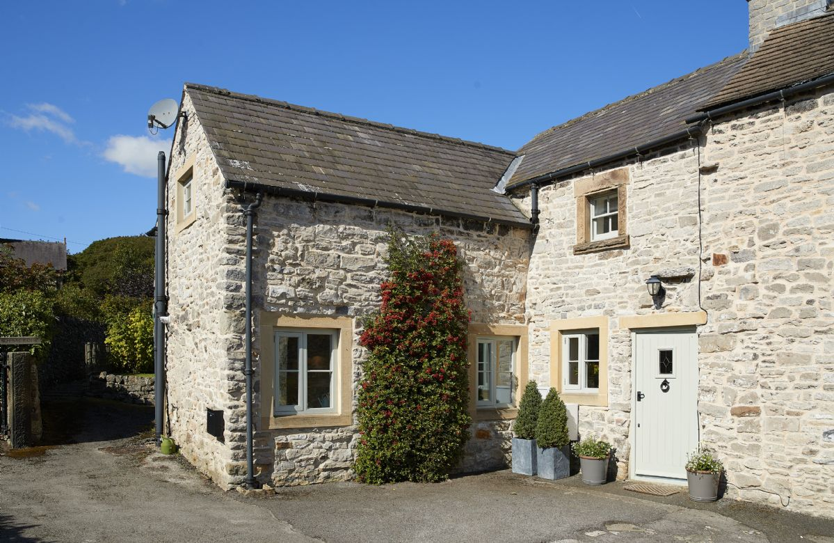 Sunnylea Cottage a british holiday cottage for 3 in ,