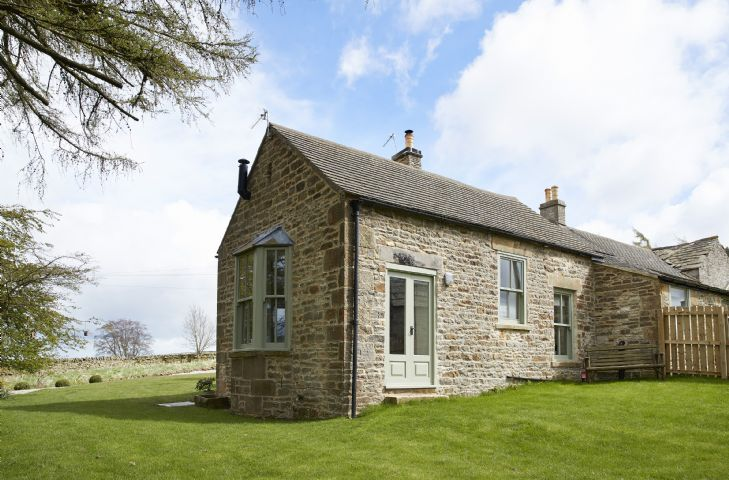 Bale Hill Cottage a british holiday cottage for 2 in ,