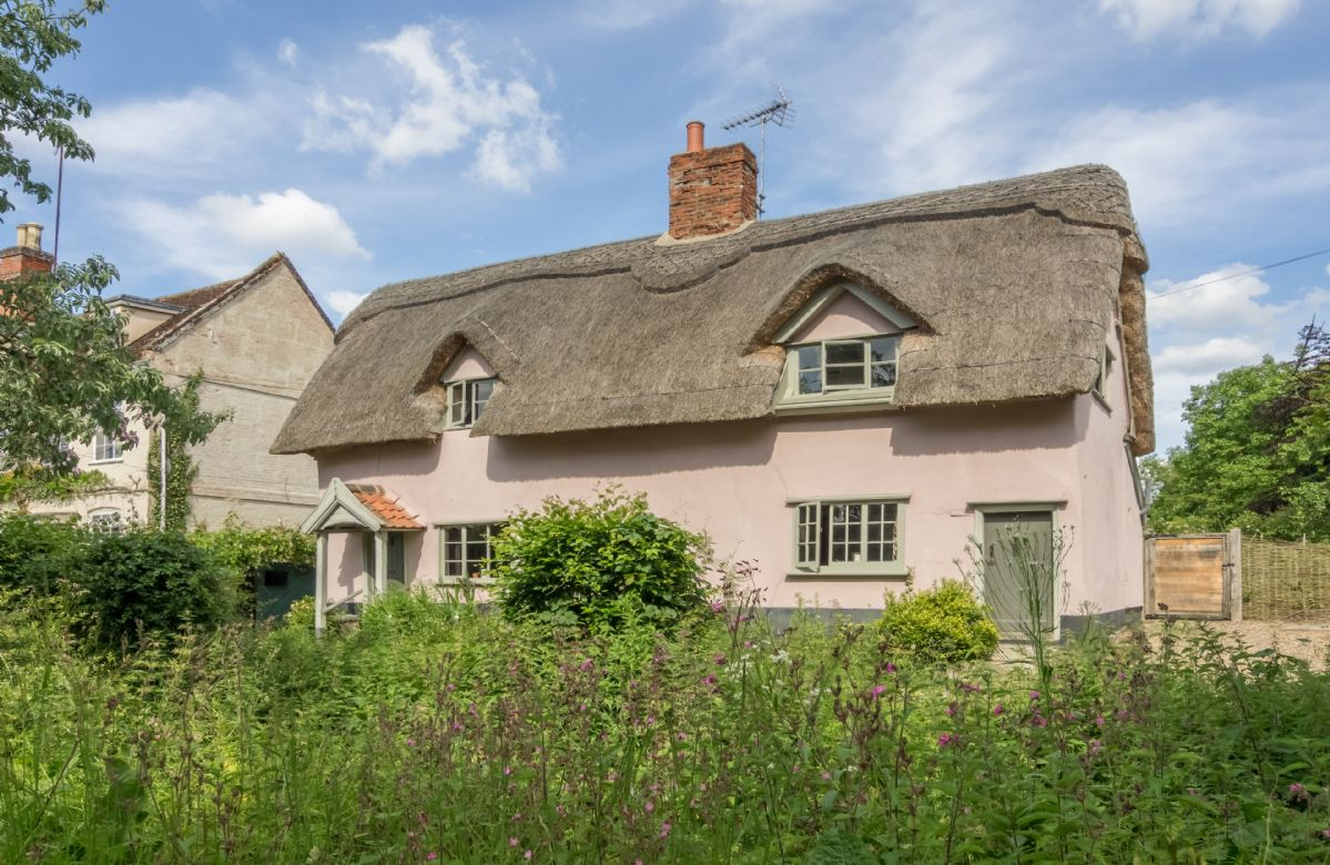 Gardener's Cottage a british holiday cottage for 4 in ,