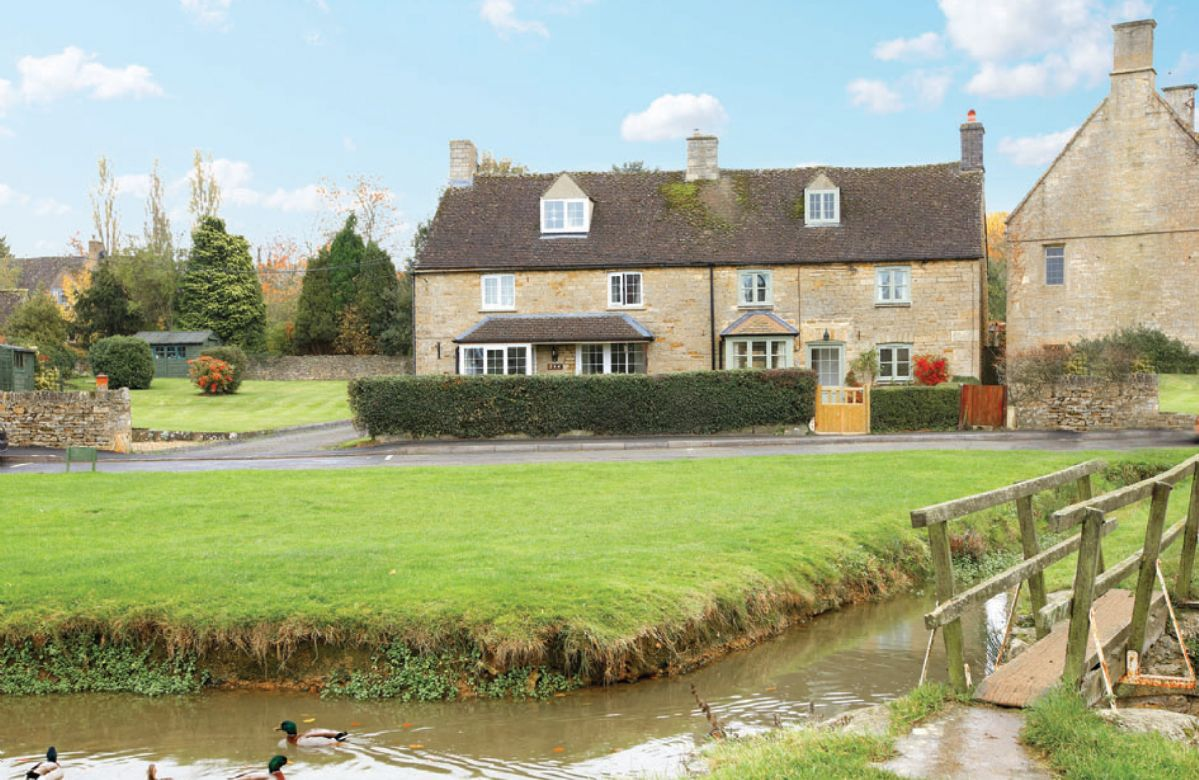 Duckling Cottage a british holiday cottage for 4 in ,