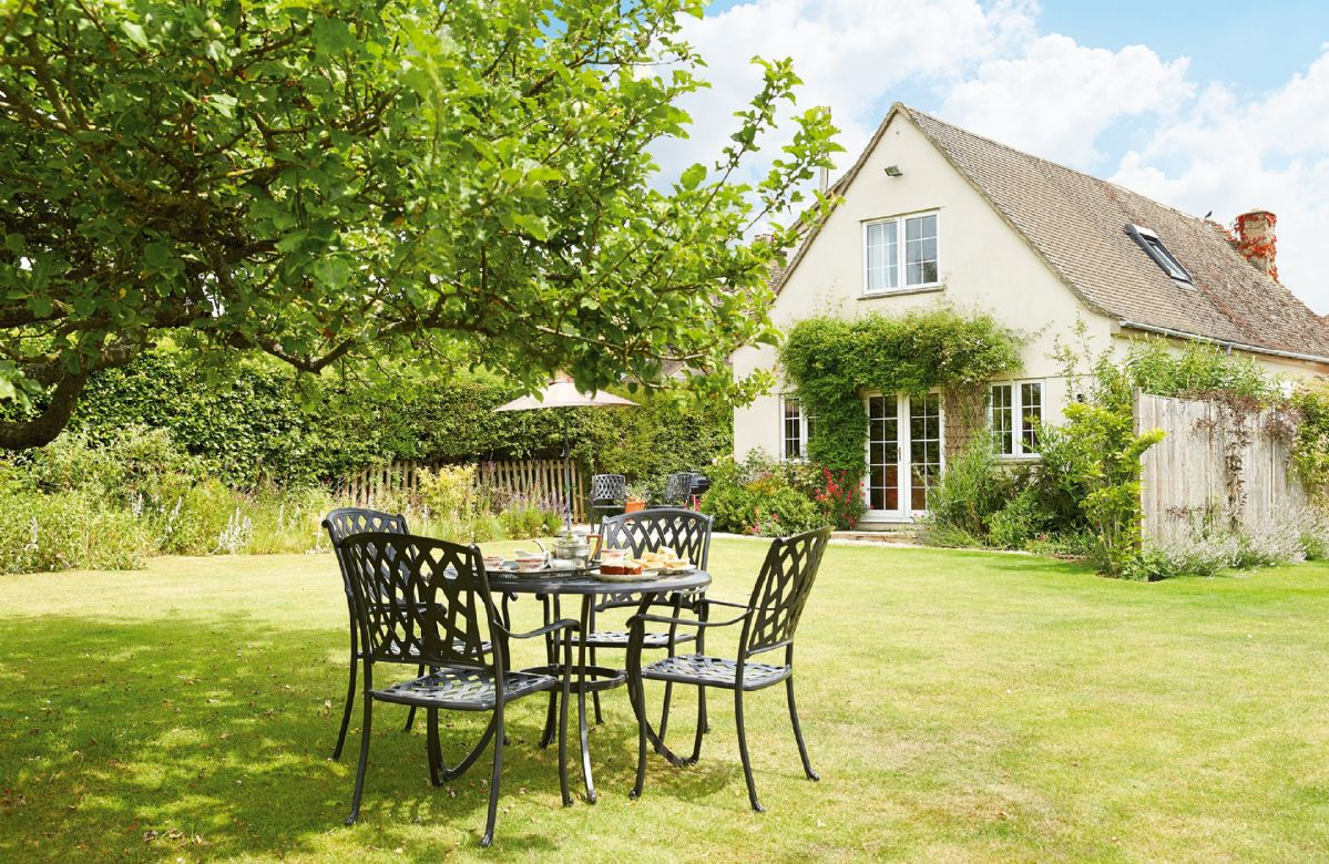 Moore Cottage a british holiday cottage for 4 in ,