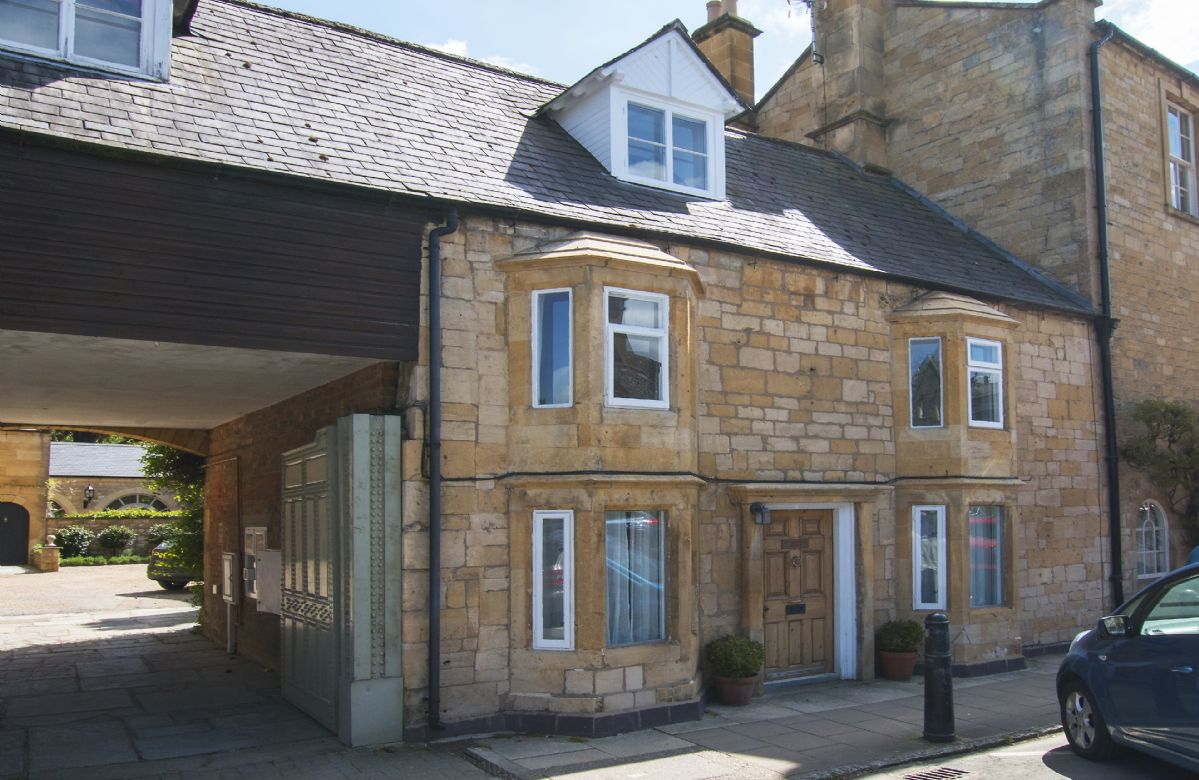 Sherborne House a british holiday cottage for 4 in ,