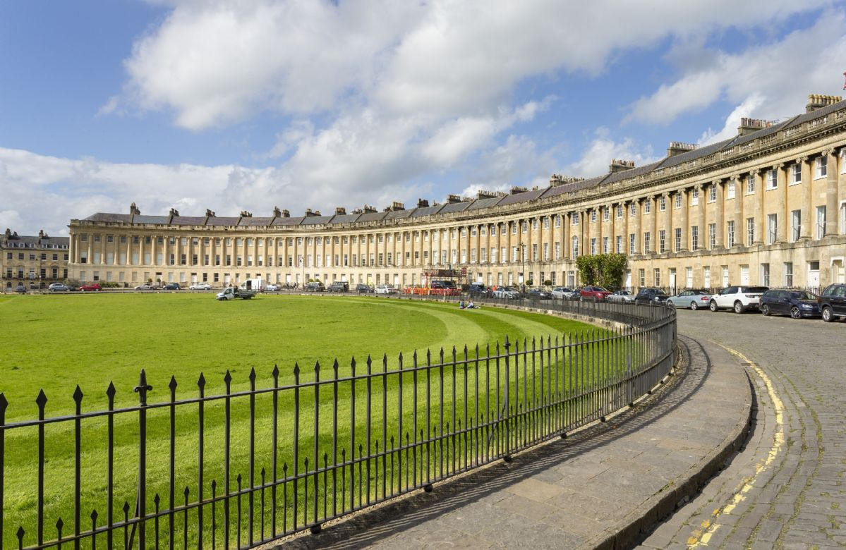 The Royal Crescent Garden Apartment a british holiday cottage for 4 in ,