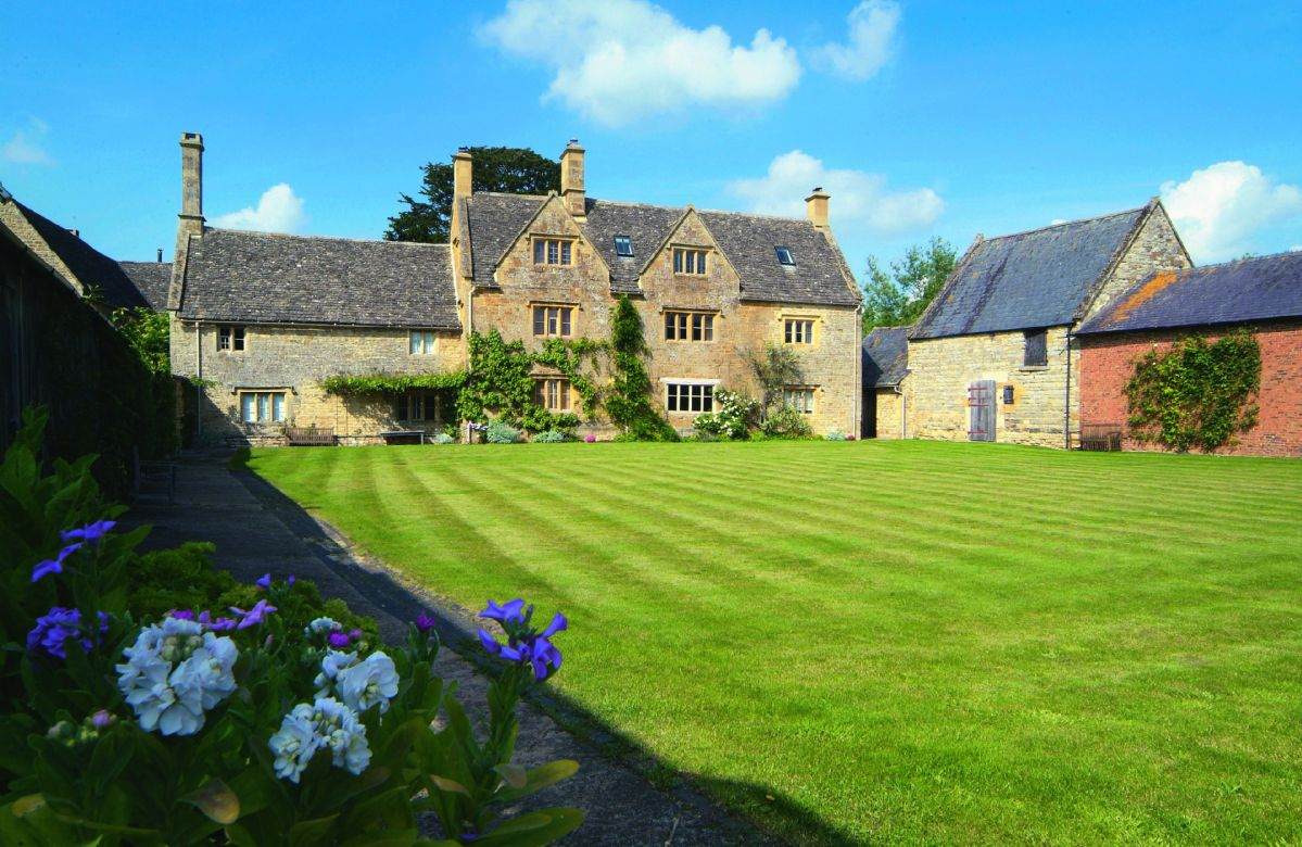 Willington Farmhouse a british holiday cottage for 4 in ,