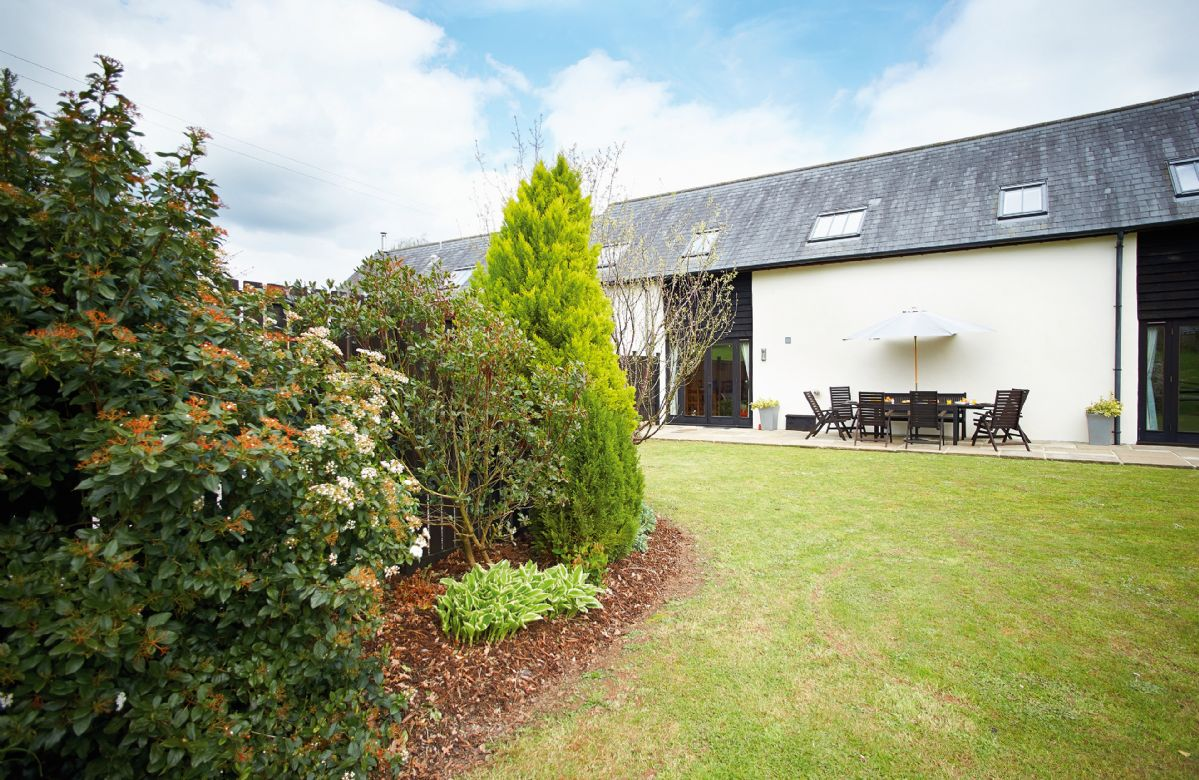Harvest Moon a british holiday cottage for 8 in ,